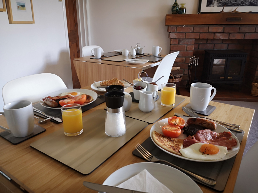 Breakfast at Brandon Lodge