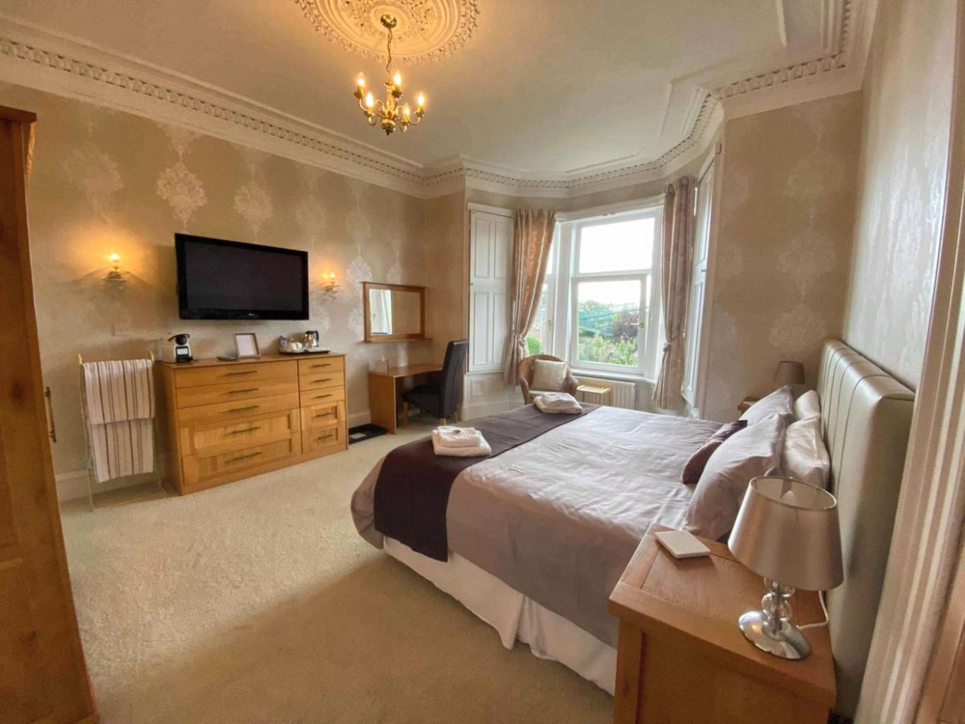 Gleneagles bedroom