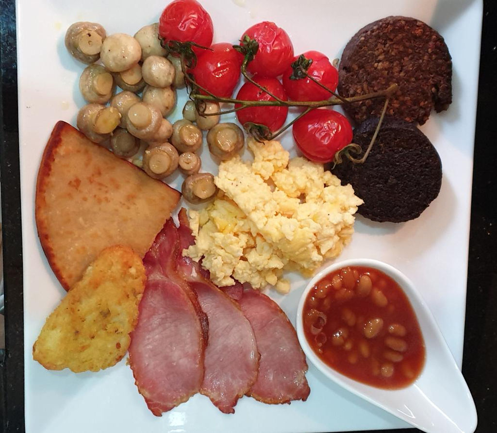 Full Scottish breakfast at Park House