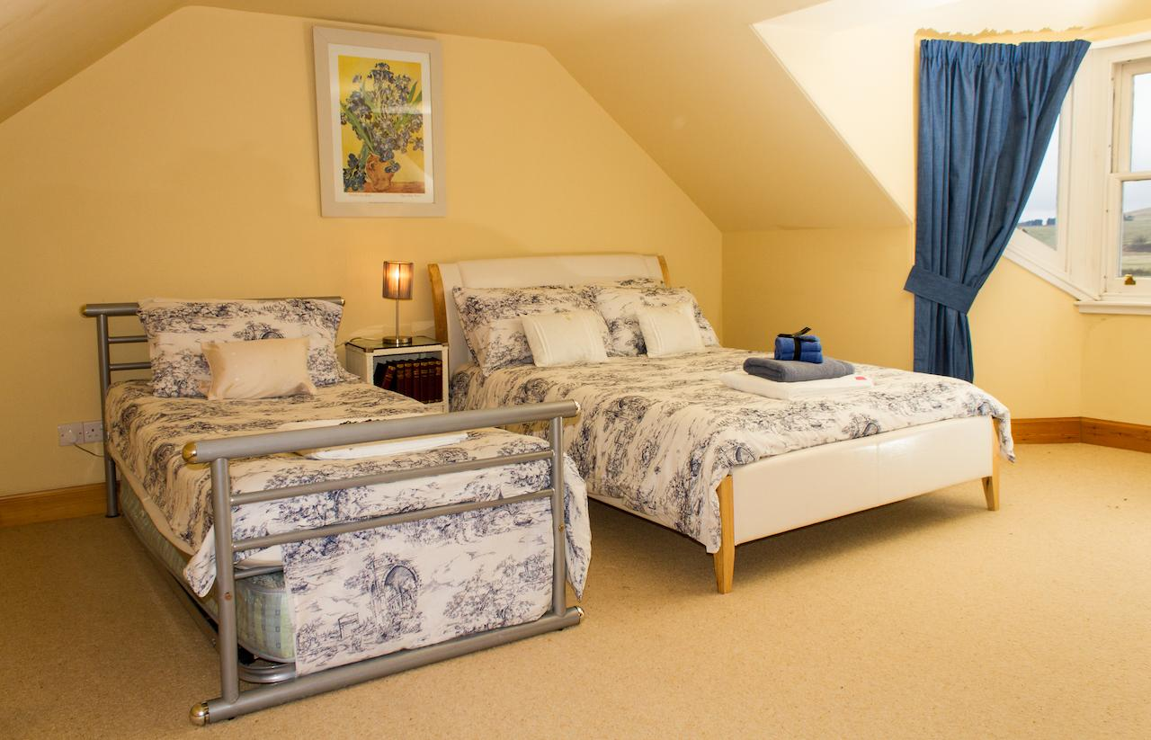 Abbotshaw House - Attic suite twin room