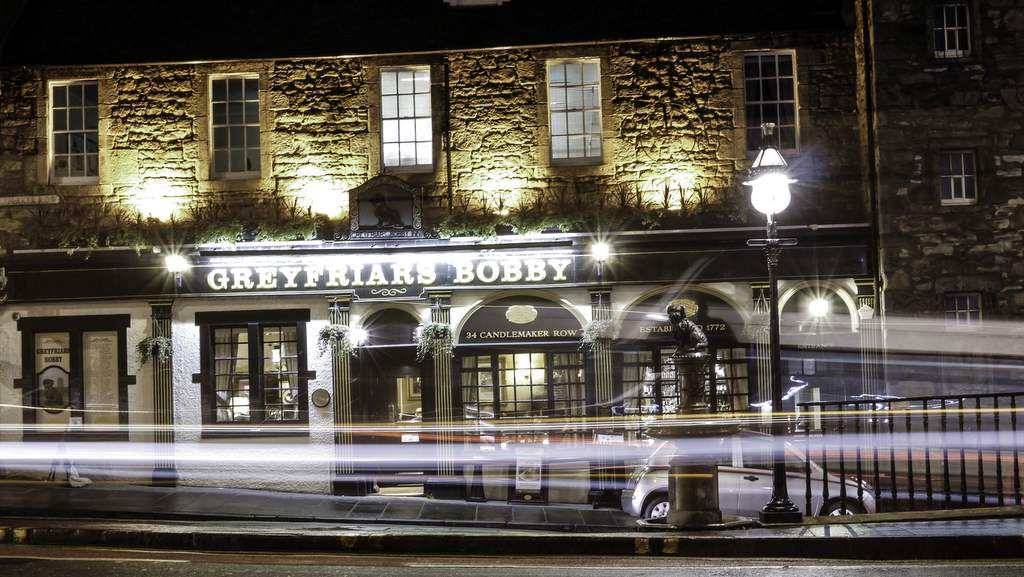 Greyfriars Bobby Pub - Photo by Arden country House in Linlithgow