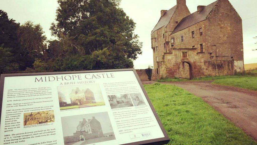 Midhope Castle - Lallybroch in Outlander