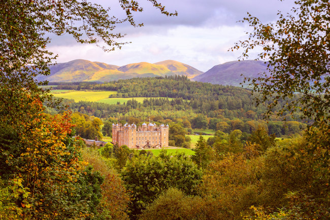 Drumlanrig Castle, Dumfries & Galloway. Photo by Damian Shields / Visit Scotland
